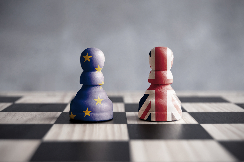 brexit chess pawns Eu and UK
