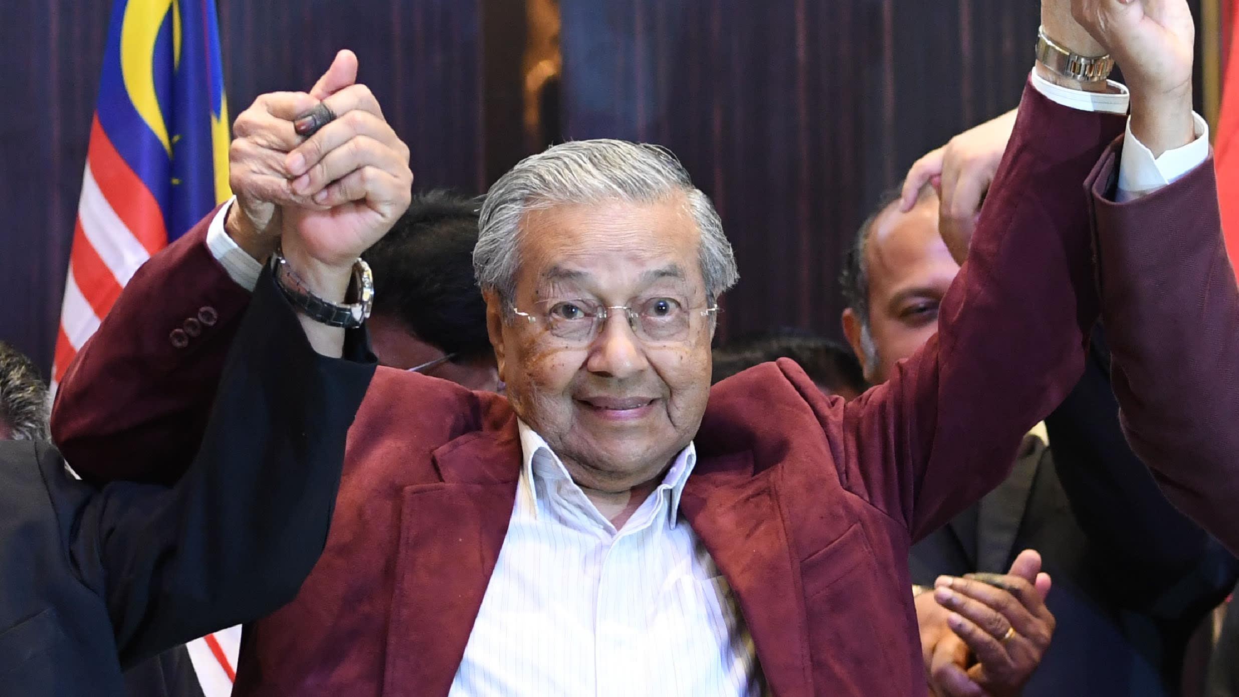 Malaysia election winner 10 May 2018 Mahathir Mohamad