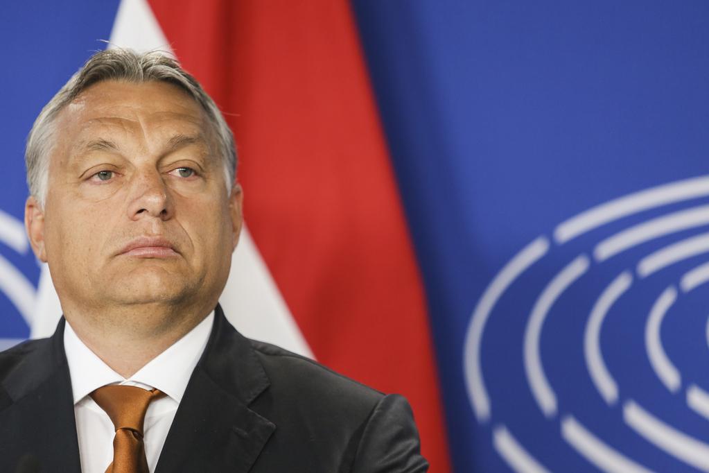 Victor Orbán and EC logo