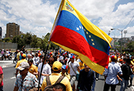 S&Ds: EU must engage proactively to end Venezuelan crisis and seek a solution based on law, Elena Valenciano, Ramón Jáuregui Atondo, Francisco Assis, Maduro government,